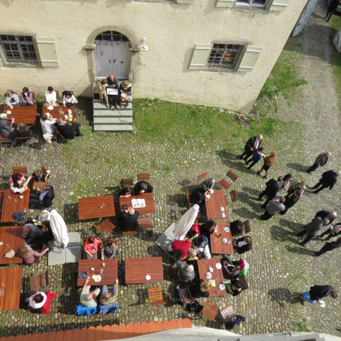 Schloss Achberg, Innenhof im Früjahr   Foto Lisa Schmidt