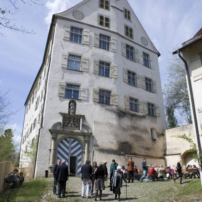 Schloss Achberg im Frühjahr