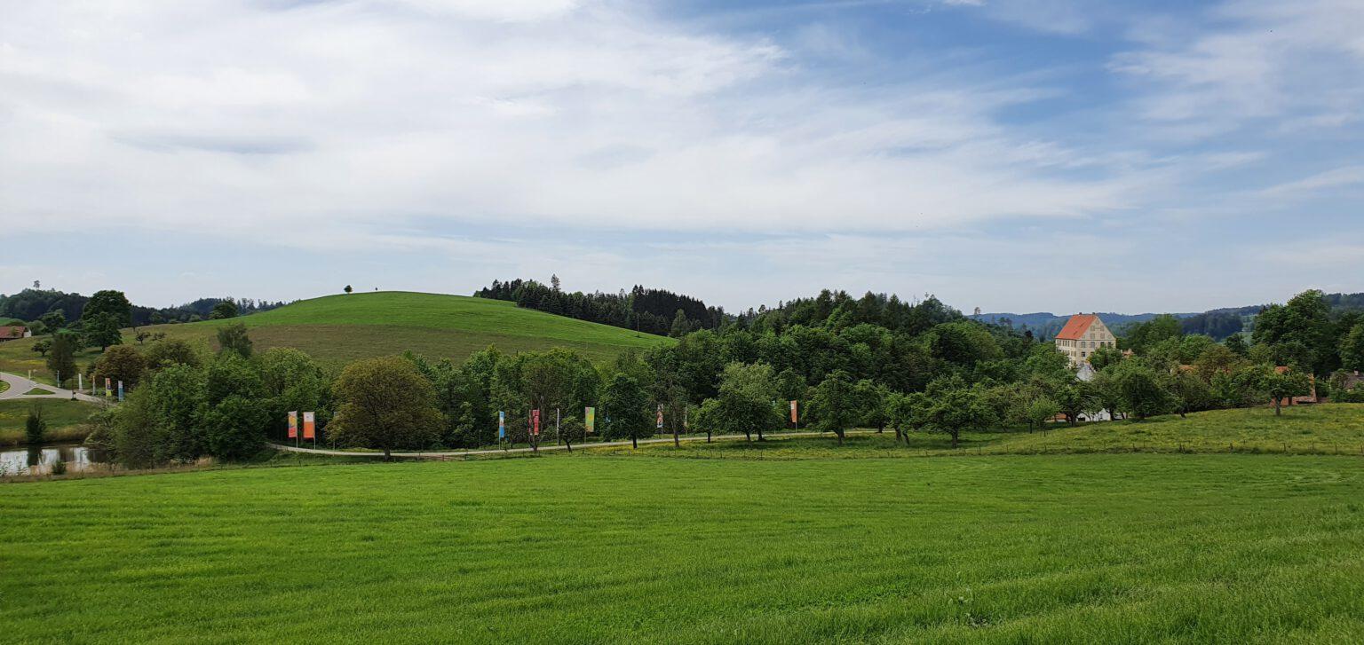 Schloss Achberg aus der Ferne 2020   Foto Lisa Schmidt